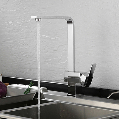 Single handle kitchen faucet in chrome polished SW-KF004